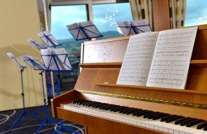 Klavier sucht Chor