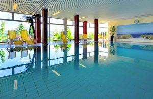 Indoor-Schwimmbad im Landhotel Betz