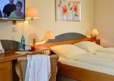 Landhotel-Betz-Doppelzimmer-0717_0046