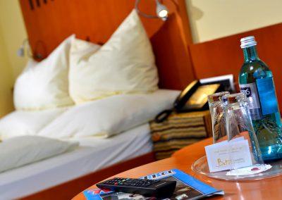 Landhotel-Betz-Doppelzimmer-Wasser-0717_0113
