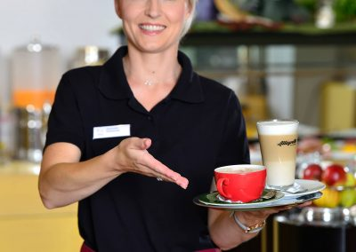 Landhotel-Betz-Fruehstueck-Service-0717_0186