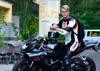 Landhotel-Betz-Motorrad-0817_295
